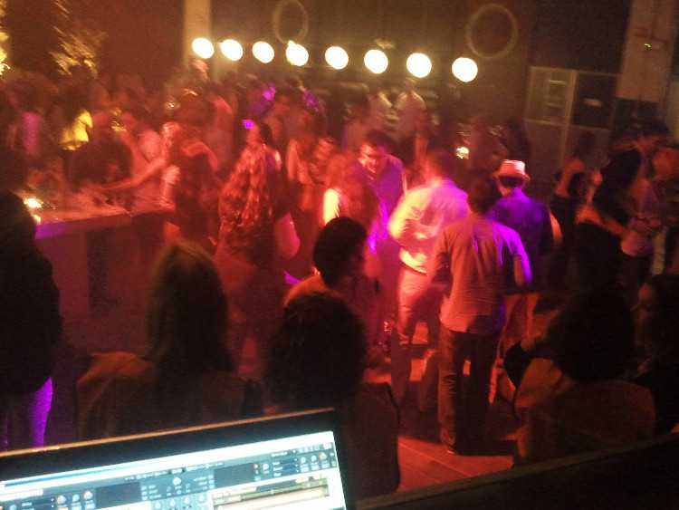 Dj voor ieder feest!  Party - Party - Party